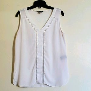 Front detailed white tank